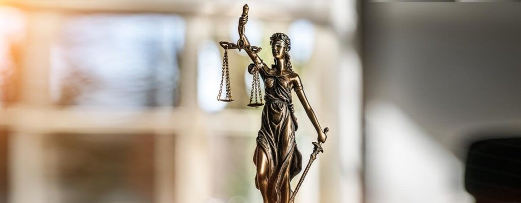 Litigation in insurance – to in-source or to outsource?